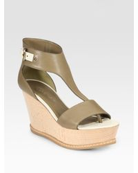 Derek Lam | Green Mirte Leather T-strap Wedge Sandals | Lyst