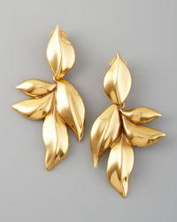 Oscar de la Renta | Metallic Gold Leaf Clip Earrings | Lyst
