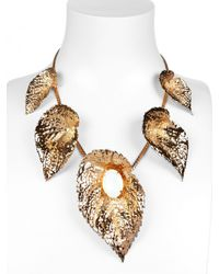 Halaby | Metallic Gold Leaves Necklace | Lyst