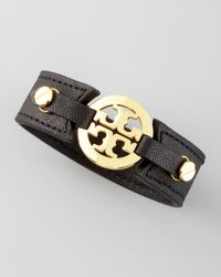 Tory Burch | Etched Leather Logo Cuff Black | Lyst