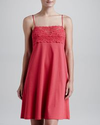 Hanro - Red Moments Lacebust Nightgown Tomato - Lyst