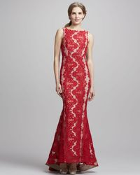 Alice + Olivia - Jae Openback Lace Gown Red Alice Olivia - Lyst