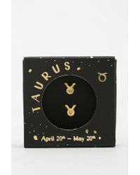 Urban Outfitters - Metallic Zodiac Gift Card Earring - Lyst
