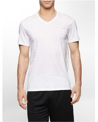 Calvin Klein | White Label Performance Sound Wave Logo Print V-neck T-shirt for Men | Lyst