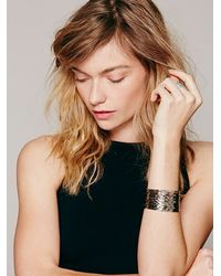 Free People - Metallic Hammered Stacked Multi Cuff - Lyst
