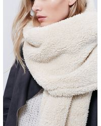 Free People | Natural Bickley & Mitchell X Womens Wonderland Wrap Scarf | Lyst