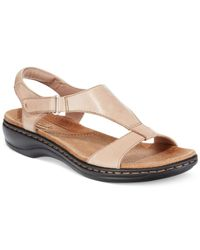 Clarks | Natural Collection Women's Leisa Foliage Flat Sandals | Lyst