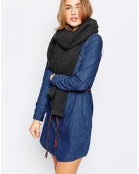Pieces | Gray Ribbed Oversized Blanket Scarf - Dark Grey Melange | Lyst