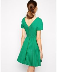 Antipodium - Green Straight Edge Pleated Dress With Zip Back - Lyst