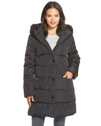 Gallery | Black Pillow Hood Quilted Down & Feather Fill Stadium Coat | Lyst