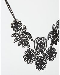 Oasis - Black Articulated Lace Collar Necklace - Lyst