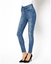 Just Female - Blue Camo Skinny Jeans - Lyst