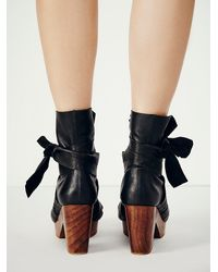 Free People - Black Spire Wrap Clogs - Lyst