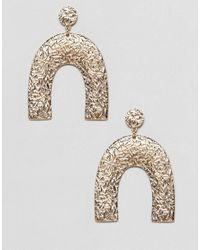 ASOS - Metallic Earrings In Textured Geo Shape Design In Gold - Lyst