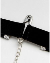 ASOS - Black Choker In Velvet With Safety Pin Charm for Men - Lyst