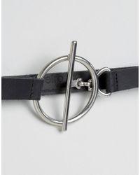 Retro Luxe London - Black Metal T-bar & Ring Leather Belt - Lyst