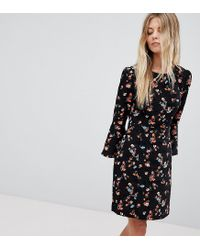8bf7587ab33f Oasis Floral Printed Fluted Sleeve Midi Dress in Black - Lyst