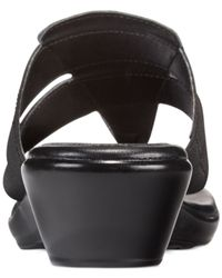 Callisto | Black Lindaa Wedge Thong Sandals | Lyst