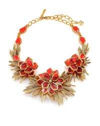 Oscar de la Renta | Red Wildflower Statement Necklace | Lyst