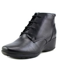 Clarks - Allura Astra Women Round Toe Leather Black Bootie - Lyst