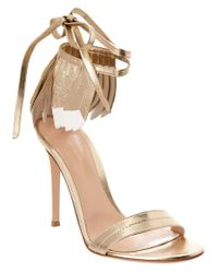 Gianvito Rossi | Metallic Leather Feather Sandal | Lyst