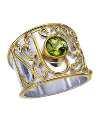 Jewelista - Metallic Sterling Silver Cigar Band Ring With Peridot - Lyst