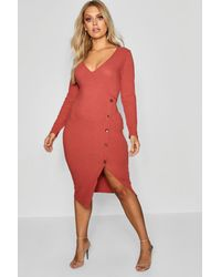 b24e283d80a3 Boohoo Plus Horn Button Detail Pocket Front Shift Dress in Red - Lyst