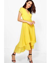2d68260b2cd8 Boohoo Chiffon Cap Sleeve Ruffle Midi Dress in Yellow - Lyst