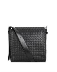 Bottega Veneta - Black Intrecciato Leather Messenger Bag for Men - Lyst