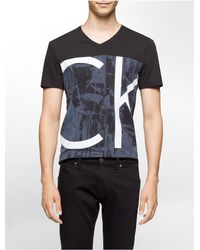 Calvin Klein | Black Ck One Slim Fit Colorblock V-neck T-shirt for Men | Lyst