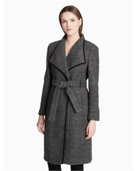 CALVIN KLEIN 205W39NYC - Black Crimped Wool Blend Belted Coat - Lyst