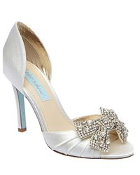 Betsey Johnson | Metallic Gown Satin Pumps | Lyst