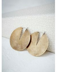 Free People | Metallic Gate Hoops | Lyst