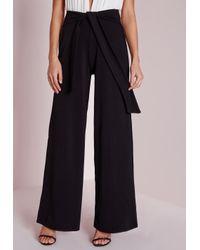 Missguided - Tie Belt Crepe Wide Leg Trousers Black - Lyst