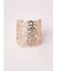 Missguided - Metallic Lace Effect Cut Out Cuff Gold - Lyst