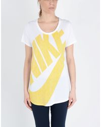 Nike - Yellow T-shirt - Lyst