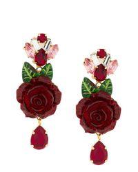 6aa28ced3d6f Pendientes con colgantes de rosas Dolce   Gabbana de color Rojo - Lyst