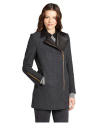 Kai-aakmann - Gray Charcoal Wool Blend Asymmetrical Wool Coat With Leather Collar - Lyst