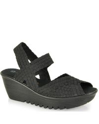 Bernie Mev | Black Wedge Sandal | Lyst