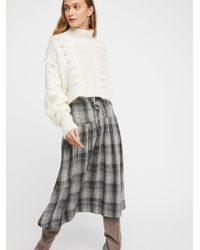 0e4ae68fc555e Free People Holiday Plaid Midi Skirt in Gray - Lyst