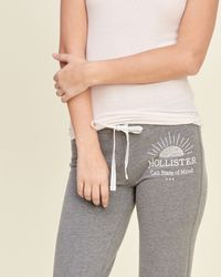 Hollister - Gray Skinny Graphic Sweatpants - Lyst