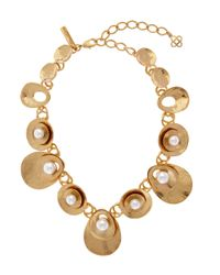Oscar de la Renta - Blue Gold-tone Pearl Disc Necklace - Lyst