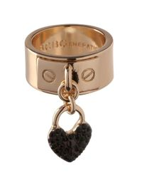BCBGeneration - Metallic Keys To My Heart Crystal Heart Charm Ring - Lyst