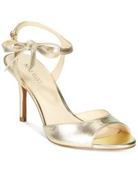 Nine West | Metallic Gratzay Bow Dress Sandals | Lyst