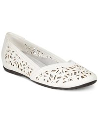 Easy Street | White Charlize Cutout Wedge Flats | Lyst