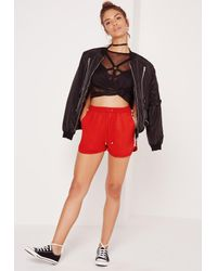 Missguided - Side Stripe Crepe Shorts Red - Lyst