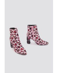 NA-KD - Pink Printed Satin Mid Heel Boots - Lyst