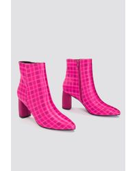 NA-KD - Pink Printed Satin Mid Heel Boots - Lyst
