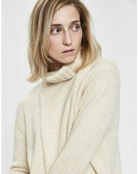 INEXCLSV - White Ina Turtleneck Sweater - Lyst