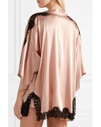 Fleur du Mal - Pink Chantilly Lace-trimmed Silk-blend Charmeuse Robe - Lyst